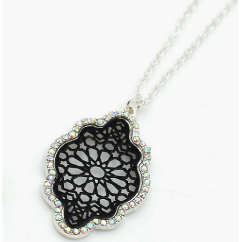 Black Metal Cut Out Pendant Necklace