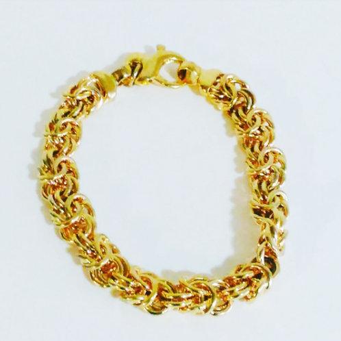 Twisted Gold Circular Bracelt