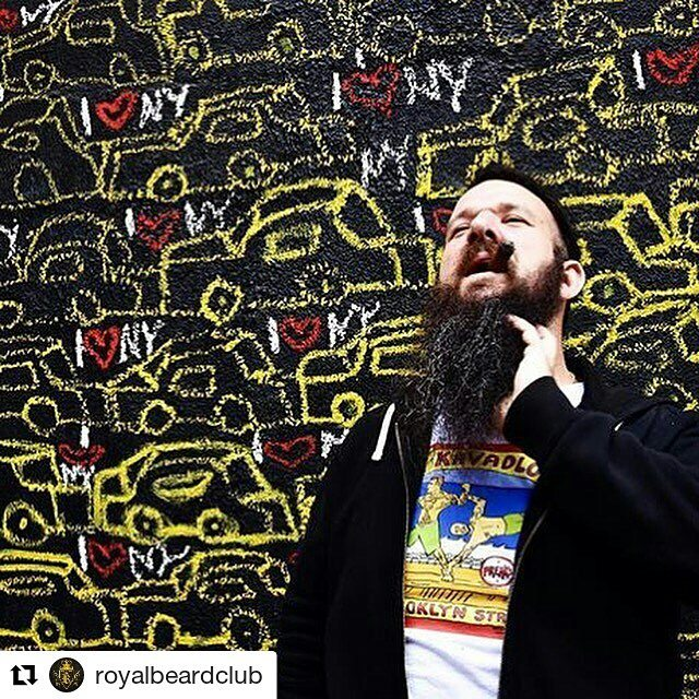 #Repost _royalbeardclub_・・・_shout out to NYC Street artist Big Ronnie photo Cred to the super talent