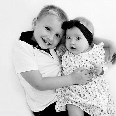 Logan & Arabella (Lobelle)