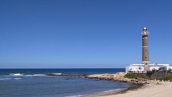 Praia e farol de José Ignacio no Uruguai