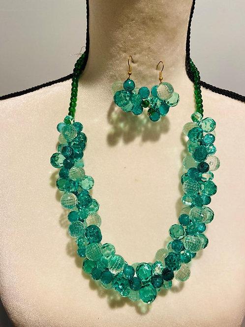 Handmade Green Resin Necklace Set