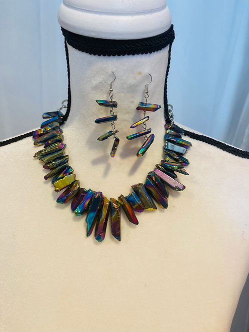 Semi precious stones necklace set