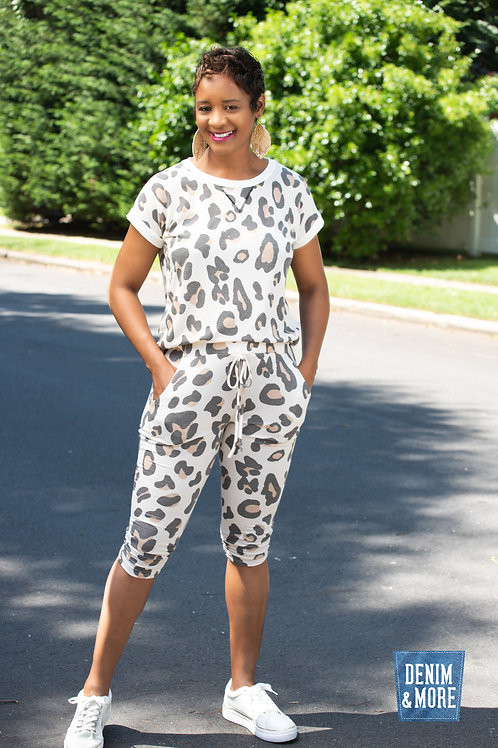 Leopard top and jogger short sleeve set