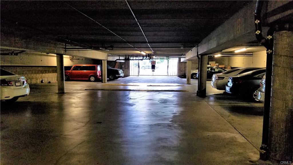 Piccadilly Underground Parking Garage.jp