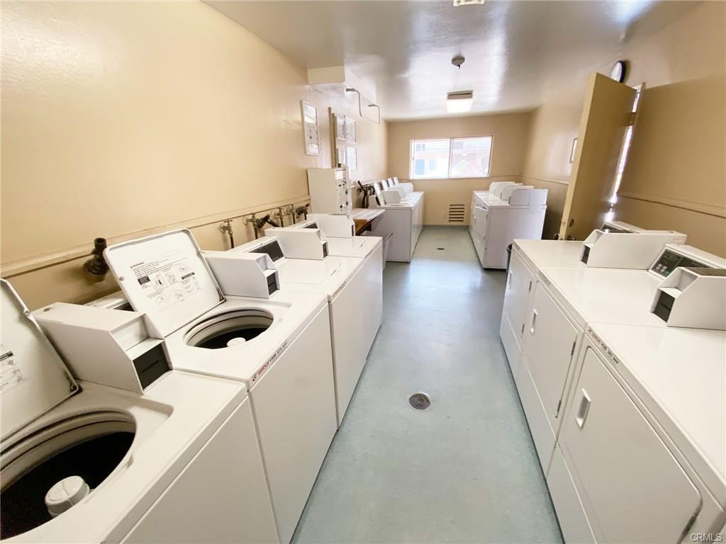 Piccadilly Main Laundry room.jpg