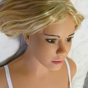 Laura6.jpg