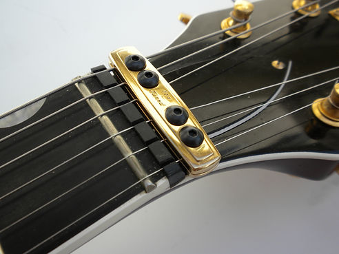 keep guitars in tune guitar out of tune. Black Bedroom Furniture Sets. Home Design Ideas