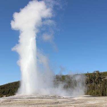 Old Faithful stage four eruption.