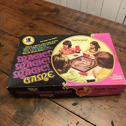 Magic Magic Magic Game from 1975, Remco Vintage Board Game, Magician Secrets