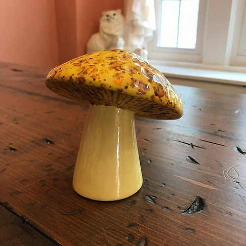 Vintage Mushroom, Ceramic Mushroom, Brooch Holder, Pin Holder, Retro Yellow