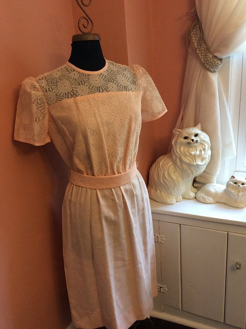 Vintage Dress, 80s Dress, Sunday Dress - Easter Dress, Peach Floral Lace