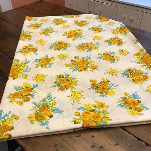 Vintage Flat Sheet, Vintage 70s Twin Flat Sheet, 72 x 104, Cottage Chic Floral