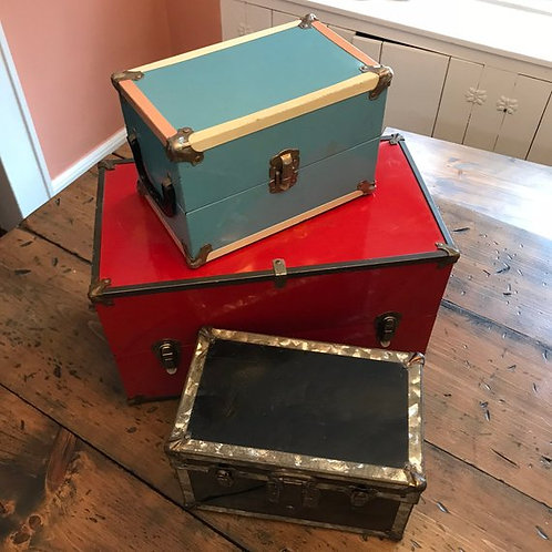 Vintage Metal Trunk, RED 1950s Doll Trunk, Doll Clothing