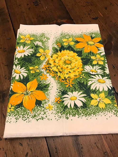 Tablecloth - Garden Party, Orange Yellow White Wildflowers with Paper Plates