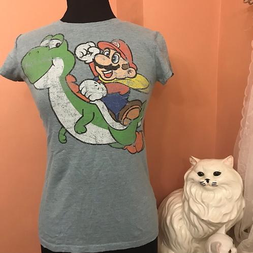 Mario and YoshiTshirt, Nintendo Distressed Vintage Style Tee, S/M (B963)
