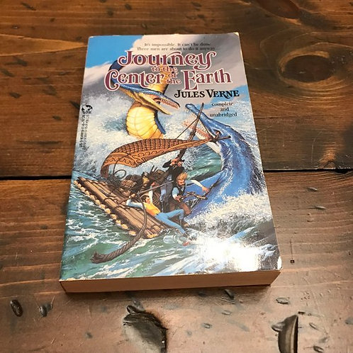 Jules Verne, Journey to the Center of the Earth, 1988 Paperback, Science Fiction