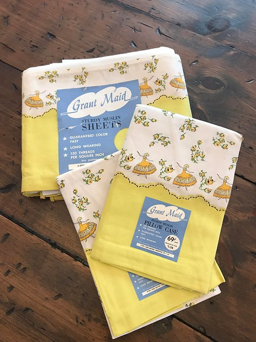 1950s Sheet Set, Vintage Sheet Set, Twin Sheets, Yellow Country