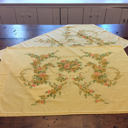 Vintage 70s Pillowcase Set - Yellow orange mustard floral swags