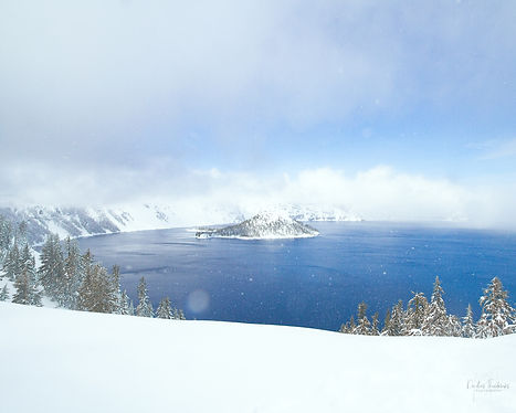 Wizard island and crater lake oregon
