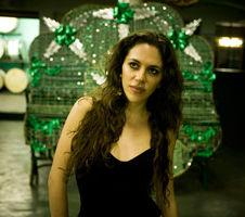 Luisa Maita (Brazil)