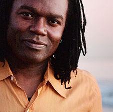 Ricardo Lemvo & Makina Loca (Angola/Congo)