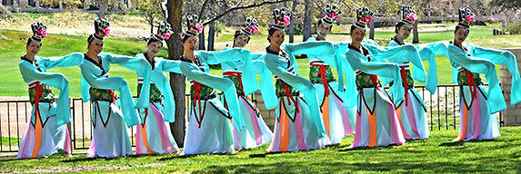 chinesedancers.jpg