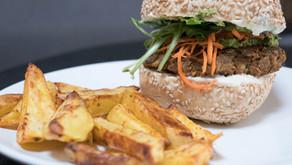 Burger vegan aux lentilles et tomates séchées