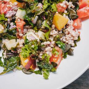 Salade complète au sarrasin et petits légumes (vegan et sans gluten)