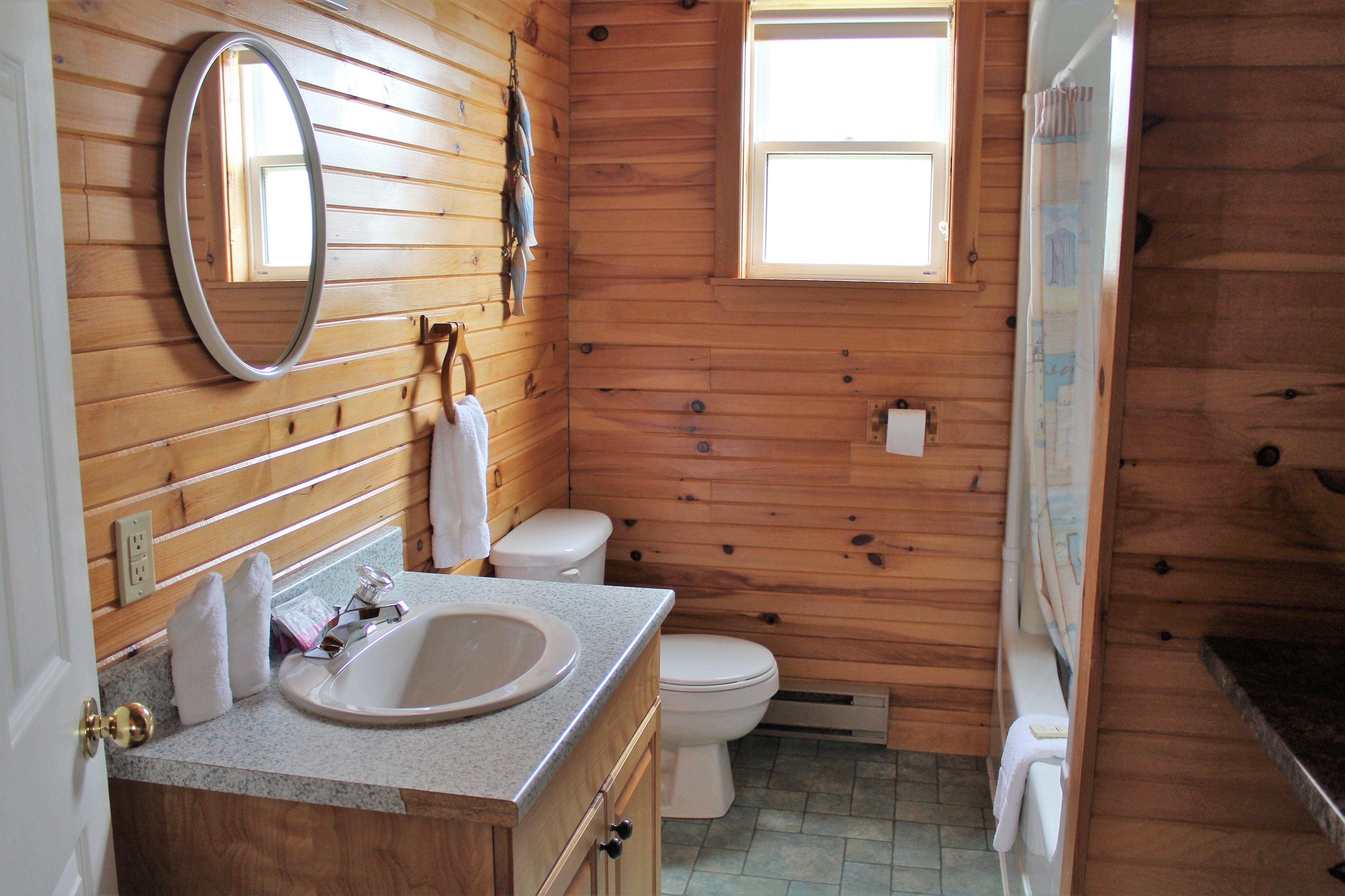 Cottage #3 Bathroom