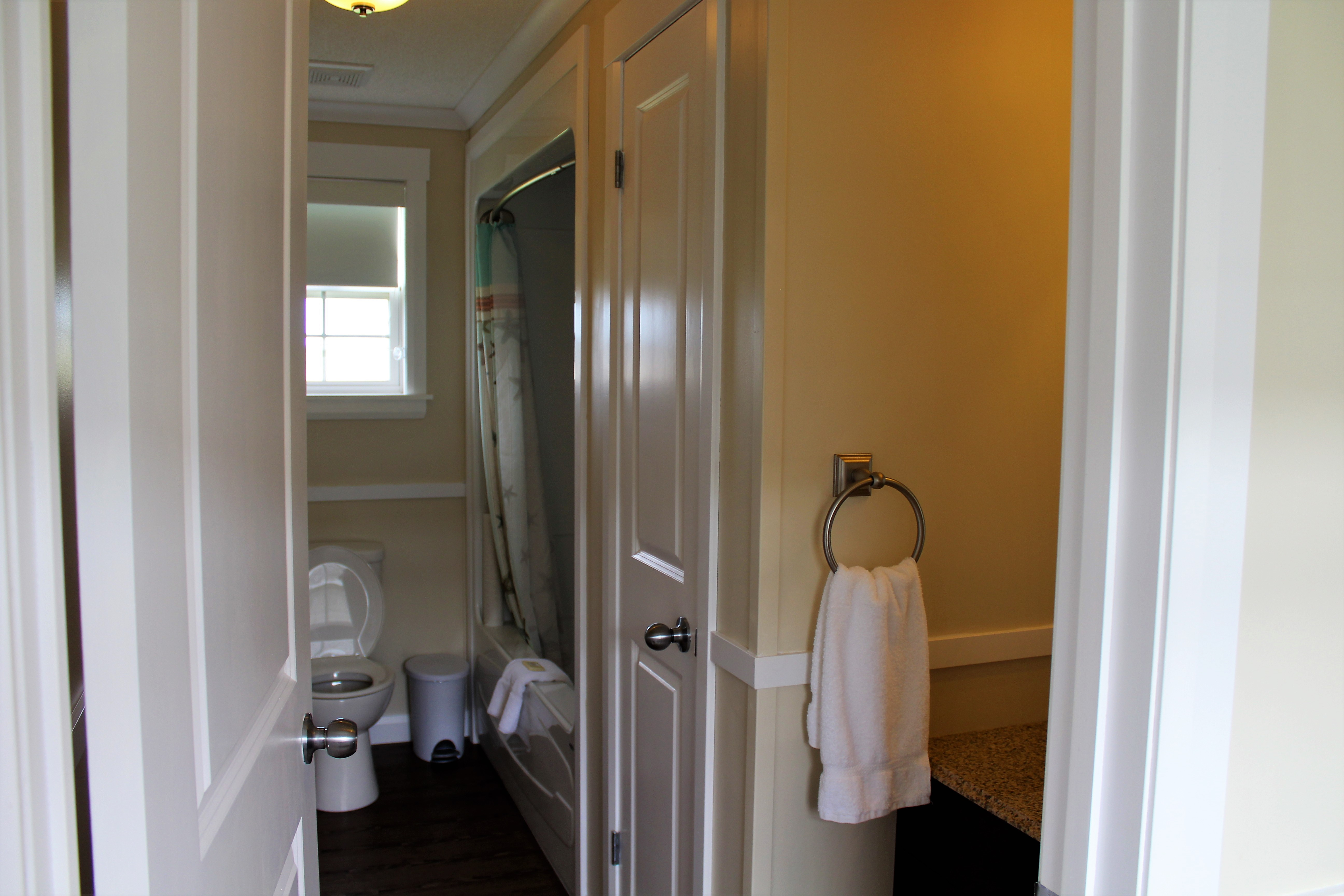 PM #4 Bathroom