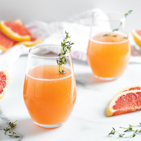 Grapefruit and Thyme Sparkler
