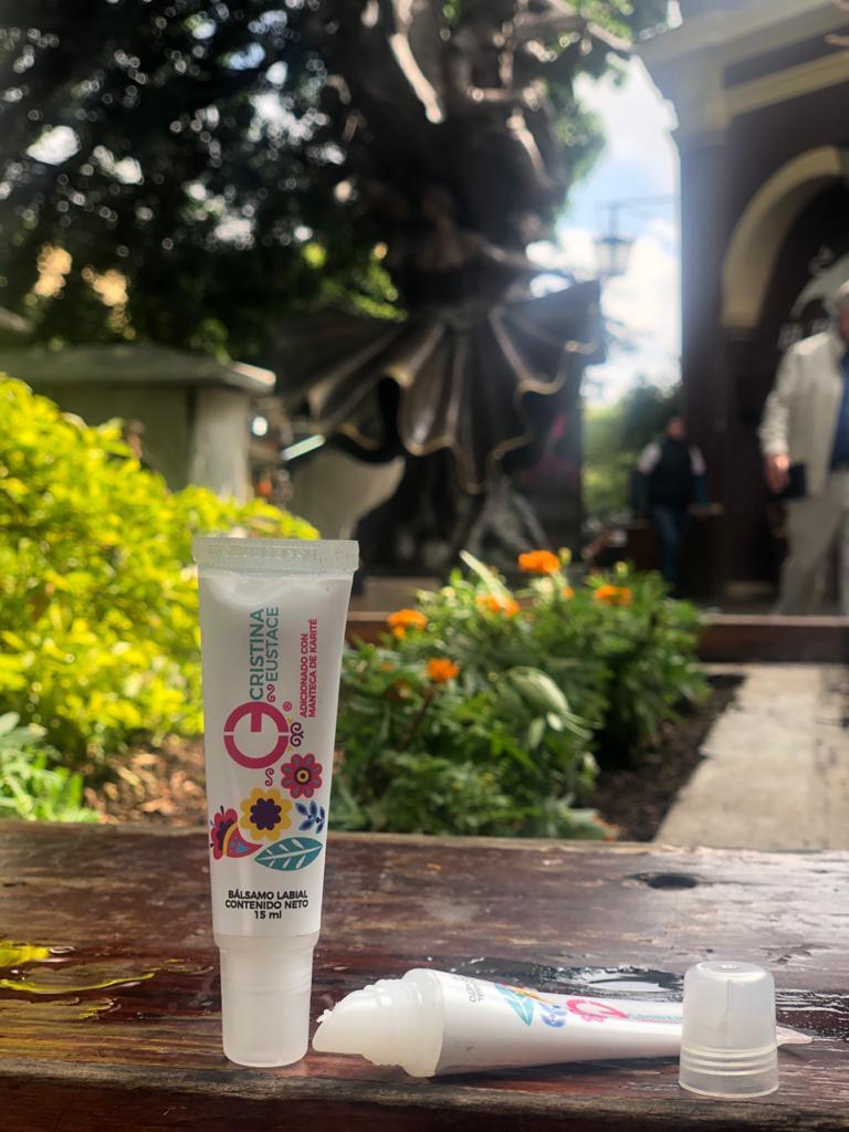 Bálsamo Para Labios De Manteca De Karite Club Eustace