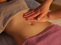 Massage du ventre - Isabelle Périssat