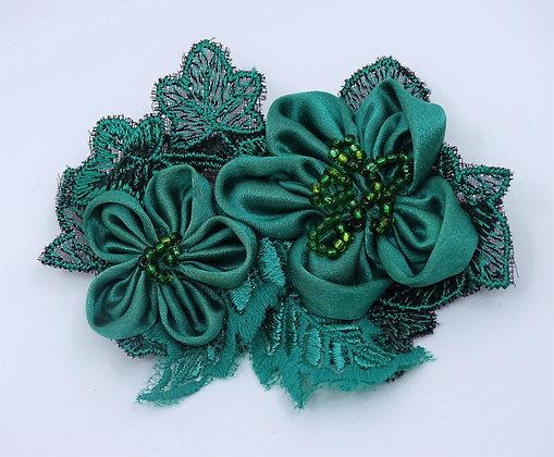 Brosche Rosen grün