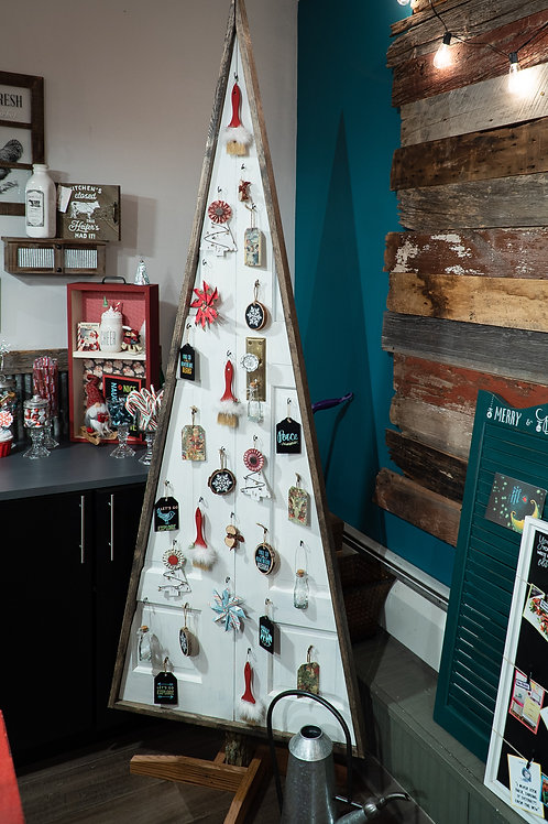 Wooden door Christmas tree