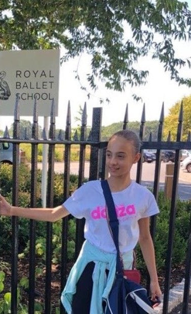 Summer School Royal Ballet School London - White Loudge