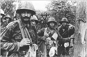 angolan-and-cuban-soldiers-at-the-front.