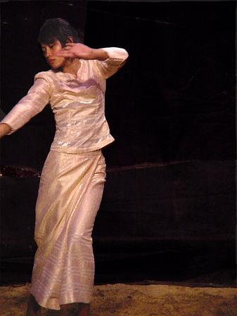 asian girl dancing csac