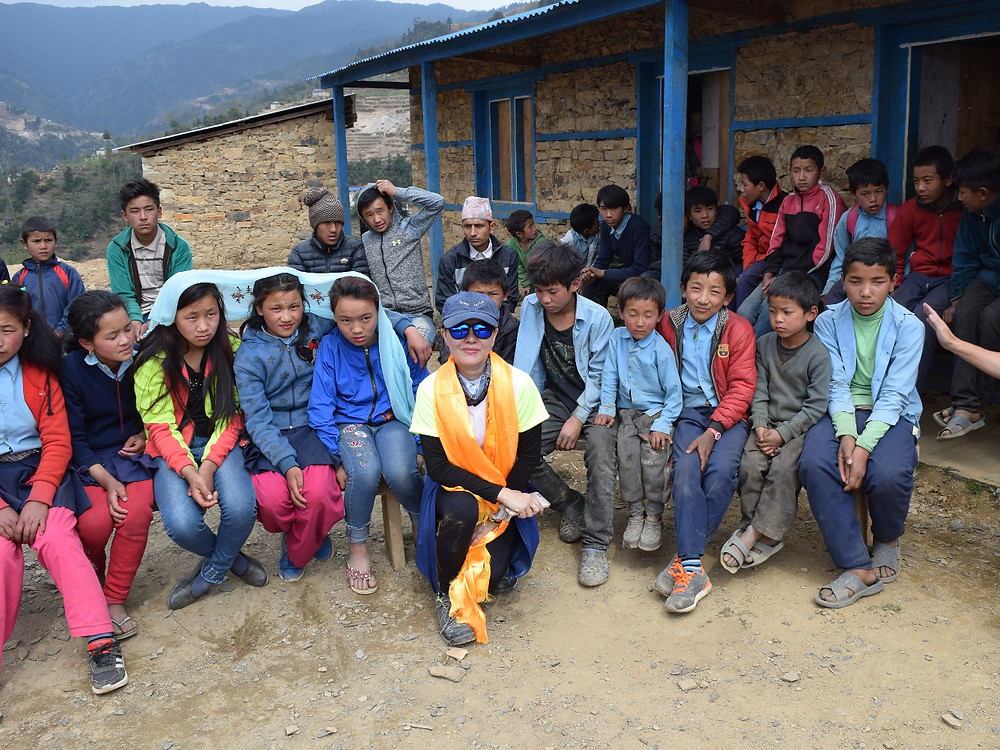 Visit a local school at an altitude of 2,400m for humanitarian and medical aid.