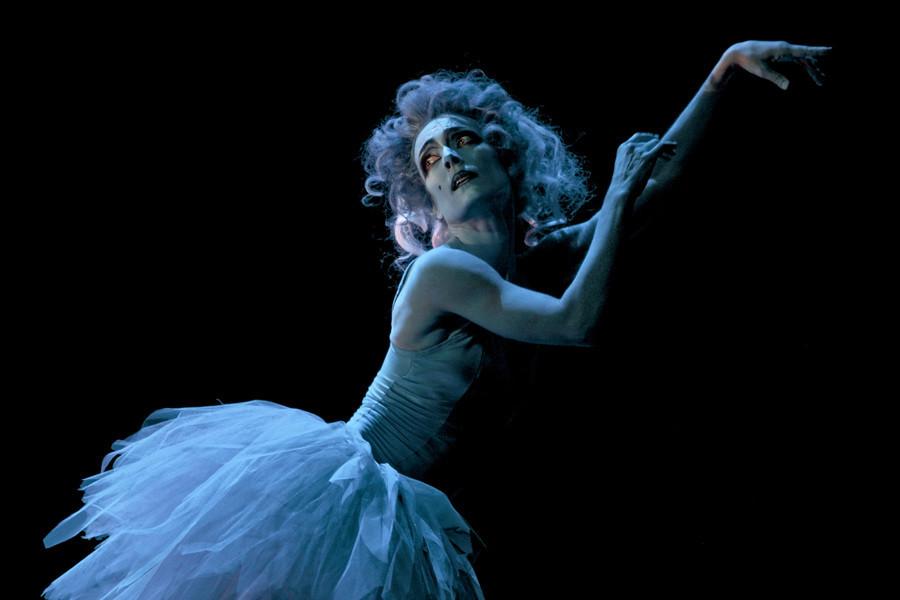 galleria_Roles_Ballet_Pathetique-KUVA_SAKARI_VIIKA.jpg