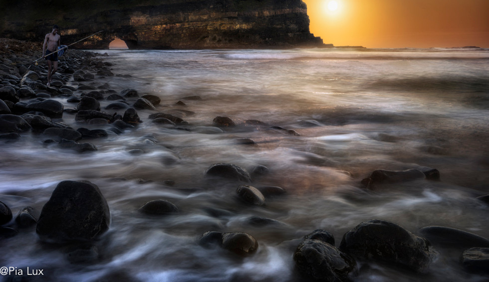 Sunrise at Hole-in-the-Wall
