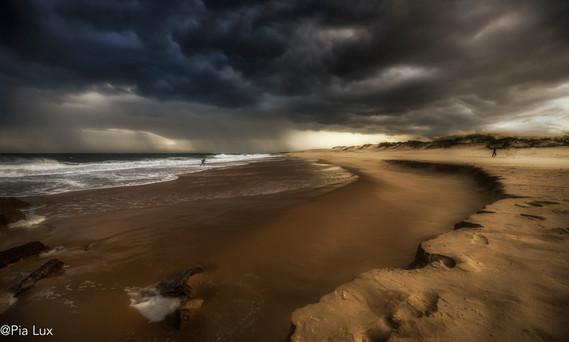 When darks clouds gather
