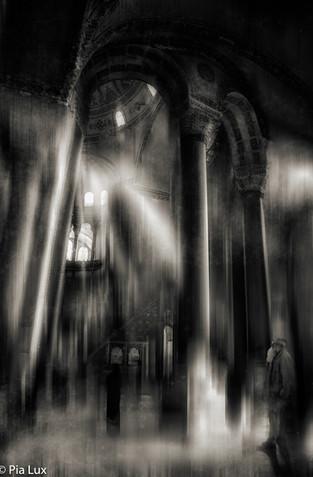 Light in the Sagrada...