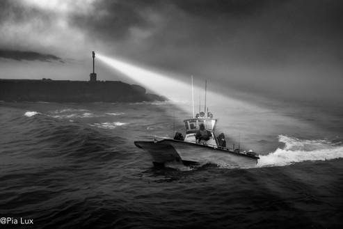 Light on the sea - mono