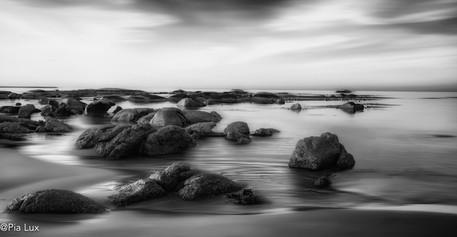 The silent rocks of Hannasbaai mono