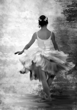 She danced - mono
