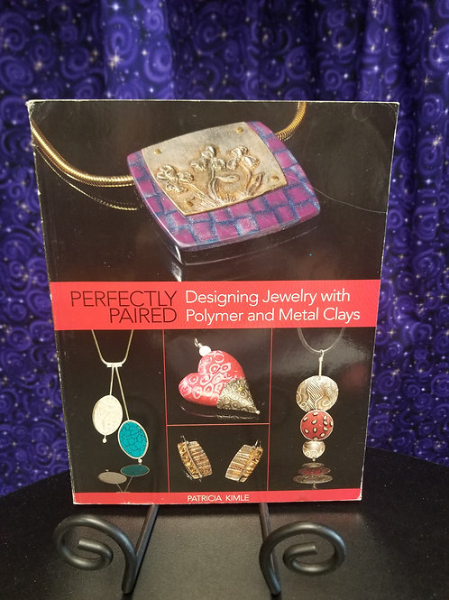 Designing Jewelry With Polymer and Metal Clays