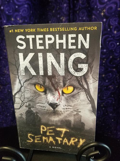 Pet Semetary by Stephen King