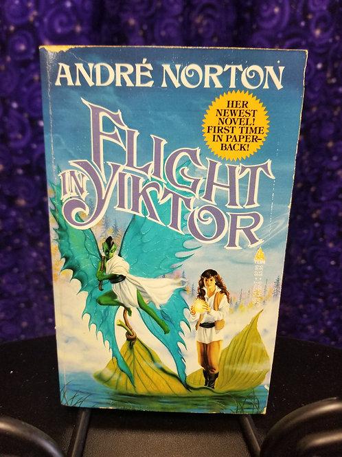 Flight in Yiktor by Andre Norton